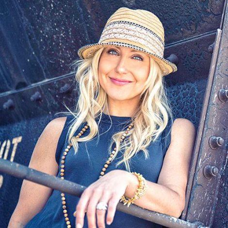 Lisa Paige